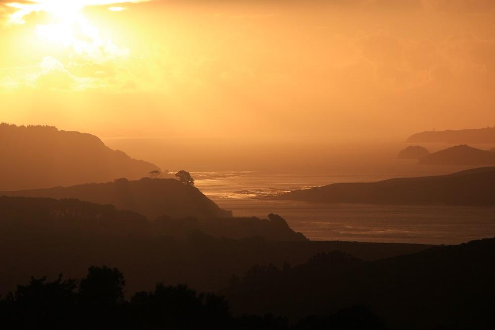 """""""Winterabend in Atiu Creek, Neuseeland"""": Luftperspektive als gestalterisches Element der Landschaftsfotografie"""