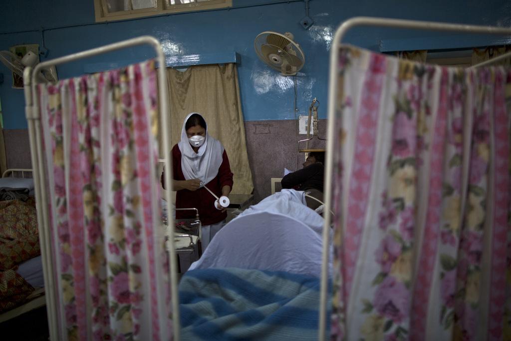 Behandlung in einem Krankenhaus in Rawalpindi, Pakistan (AP Photo/Muhammed Muheisen)