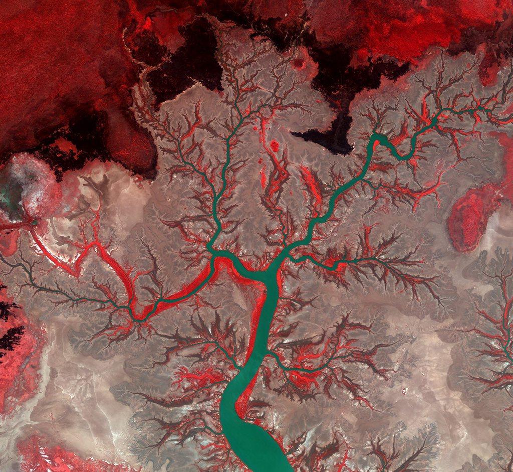 Weltraumbild in Falschfarben: der Fluss Kumbunbur im Norden Australiens, Bild eines koreanischen Satelliten EPA/ESA/KARI