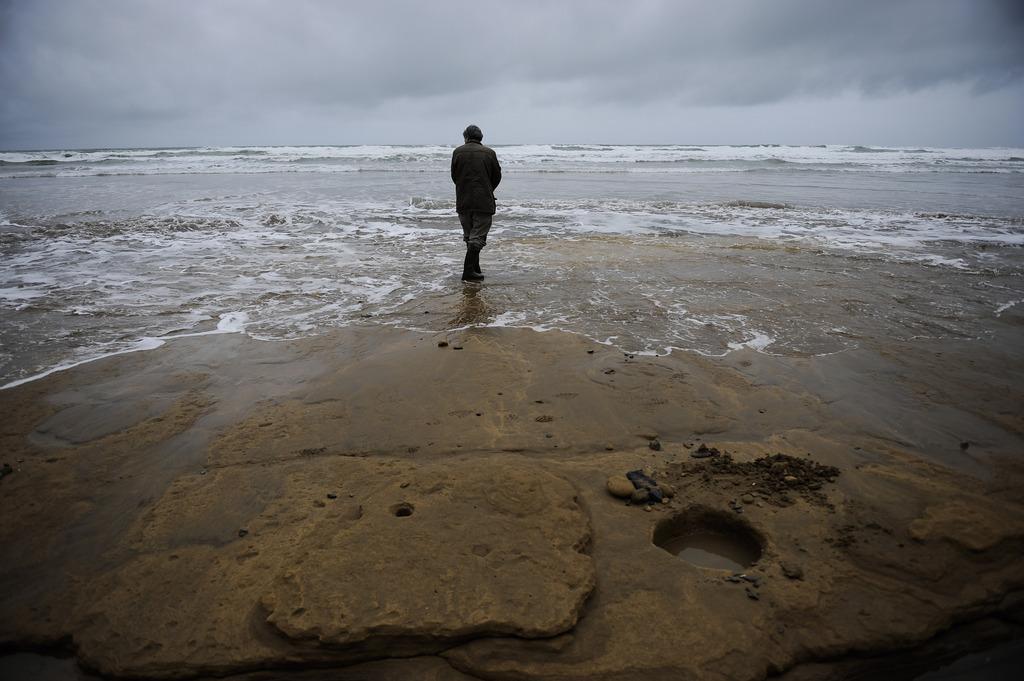 Am Strand von Zarautz, Spanien (Keystone/AP Photo/Alvaro Barrientos)