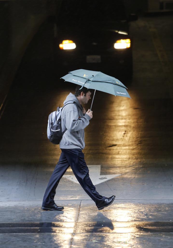 Regen in Sacramento, Kalifornien USA (AP Photo/Rich Pedroncelli)