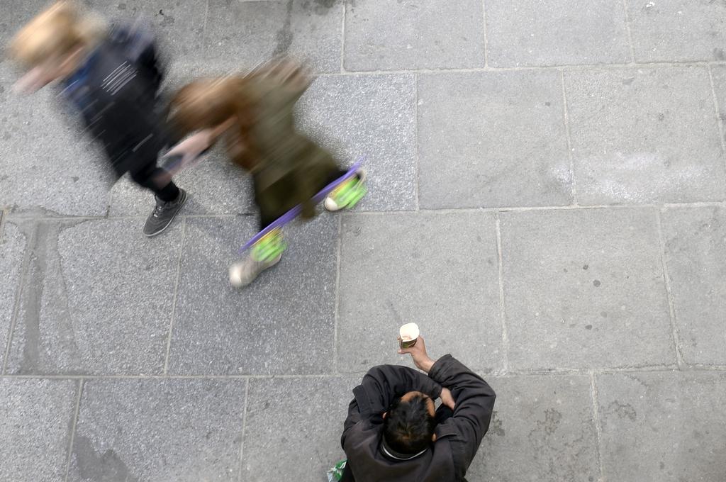 Themenbild zu Arbeitslosigkeit und Betteln aus Wien, Österreich (Keystone/APA-Fotos/Hans Klaus Techt)