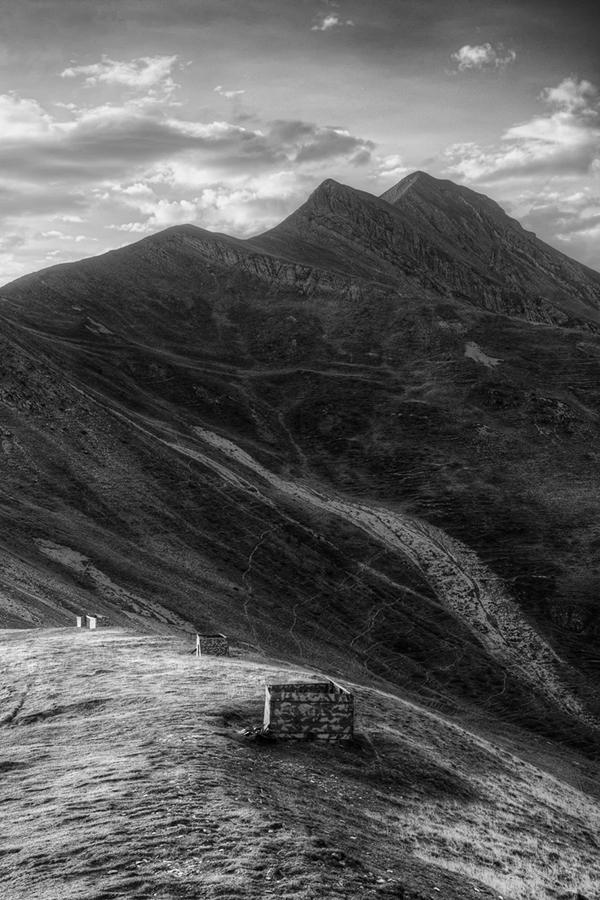 Abb. 5: Vogeljagd auf Paßhöhe (Eigenes Portfolio, Pyrenäen 2013)