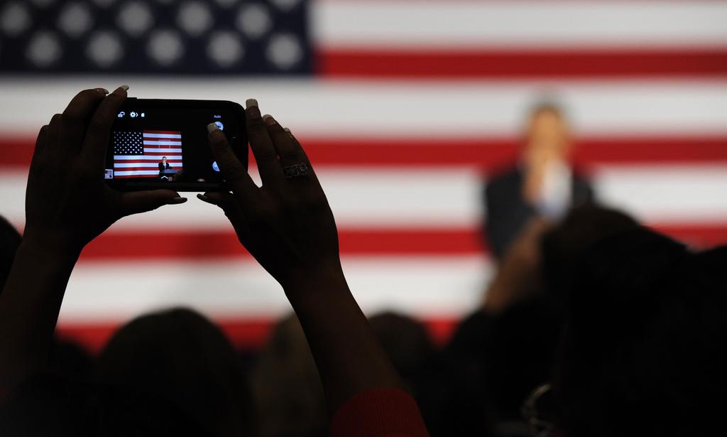 Auf einer Veranstaltung mit Barack Obama in San Jose, USA (Keystone/AP Photo/Susan Walsh)
