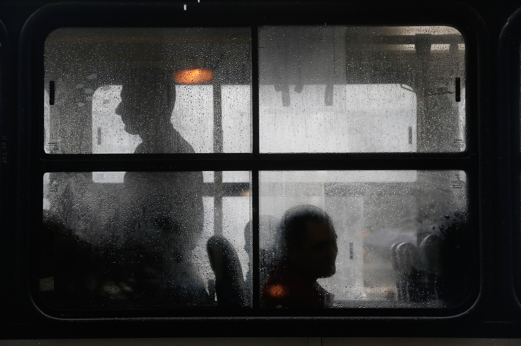 Busfahrt in Rio de Janeiro, Brasilien (Keystone/AP Photo/Silvia Izquierdo)