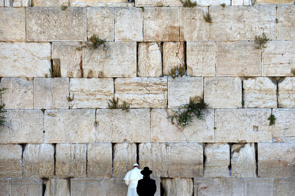 Papst Franziskus vor der Klagemauer in Jerusalem, Israel (Keystone/AP Photo/Vincenzo Pinto)