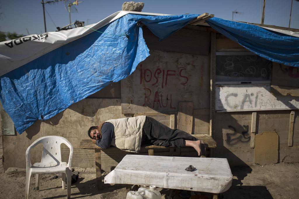 Behausung rumänischer Sinti und Roma außerhalb von Madrid, Spanien (AP Photo/Andres Kudacki)