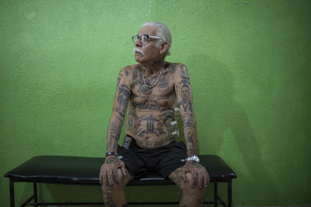 Fußballfan mit Tatoos, Rio de Janeiro, Brasilien  (AP Photo/Felipe Dana)