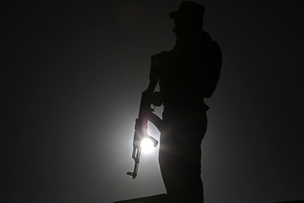 Wache in Kabul, Afghanistan (Keystone/AP Photo/Rahmat Gul)