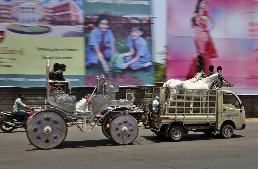 Transport in Haiderabad, Indien (AP Photo/Mahesh Kumar A.)