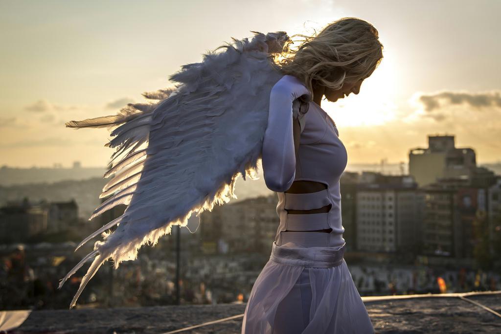 Der Engel vom Taksim - aus Istanbul das Siegerbild eines österreichischen Fotowettbewerbs, Kategorie Kunst und Kultur, APA/Jan Hetfleisch
