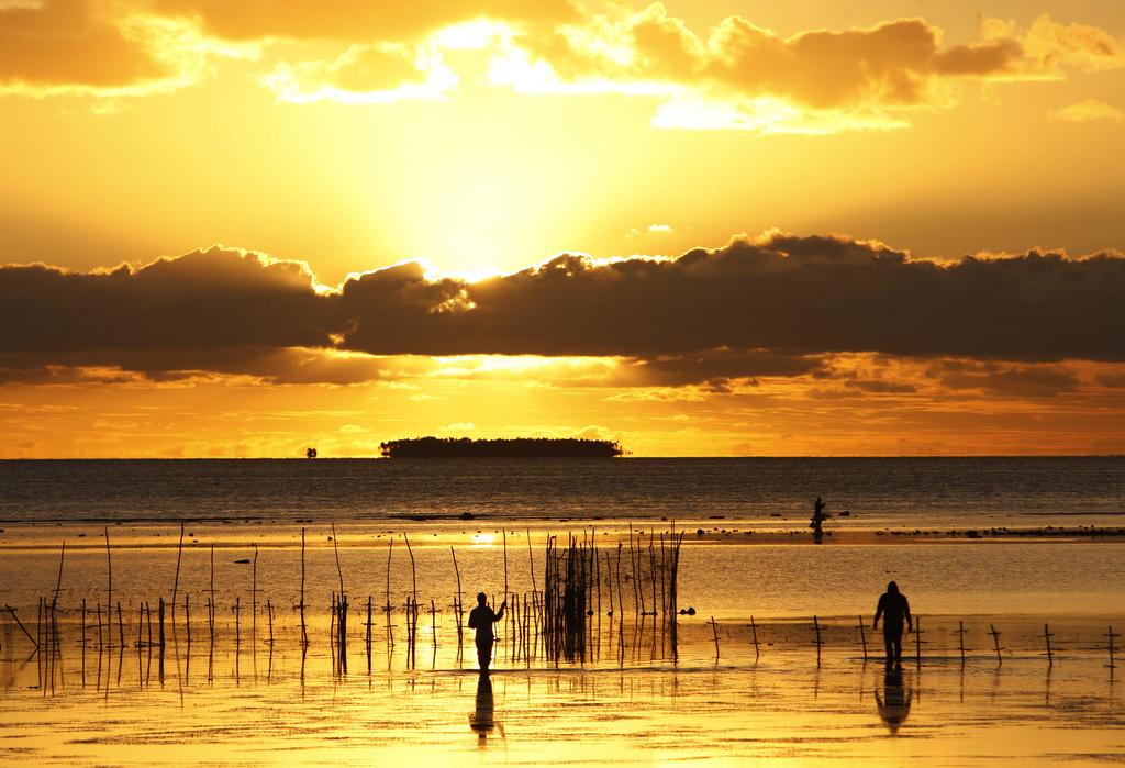 Fischer nahe Nuku'alofa, Tonga (ohne Fotografenhinweis)