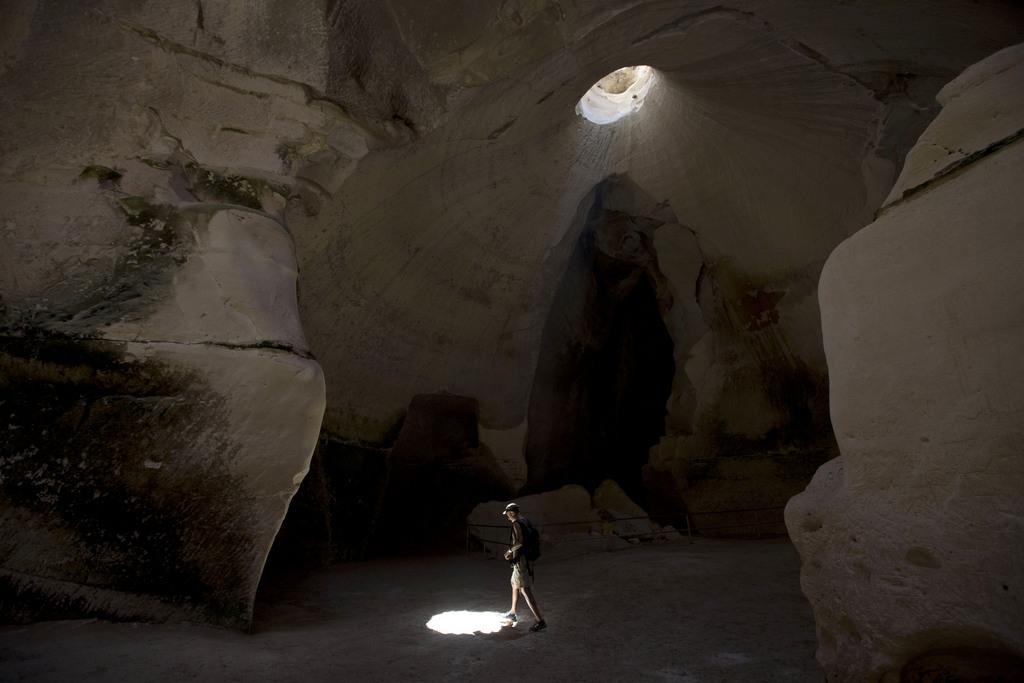 In den Höhlen von Beit Guvrin-Maresha - jetzt Weltkulturerbe, Israel (AP Photo/Ariel Schalit)