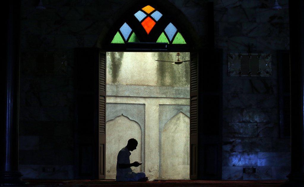 Ramadan: in einer Moschee in Mumbai, Indien,  EPA/DIVYAKANT SOLANKI
