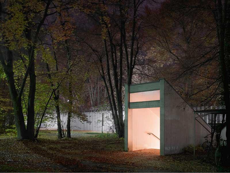 Die BND-Zentrale In Pullach. Neuer Geländeteil, Eingang Fußgängertunnel. © Martin Schlüter / Kunstfoyer München