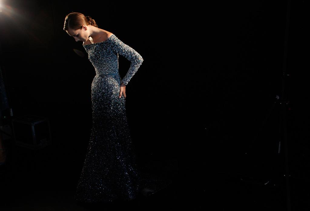 Backstage bei der Modenschau in Paris, Frankreich (Keystone/AP Photo/Thibault Camus)