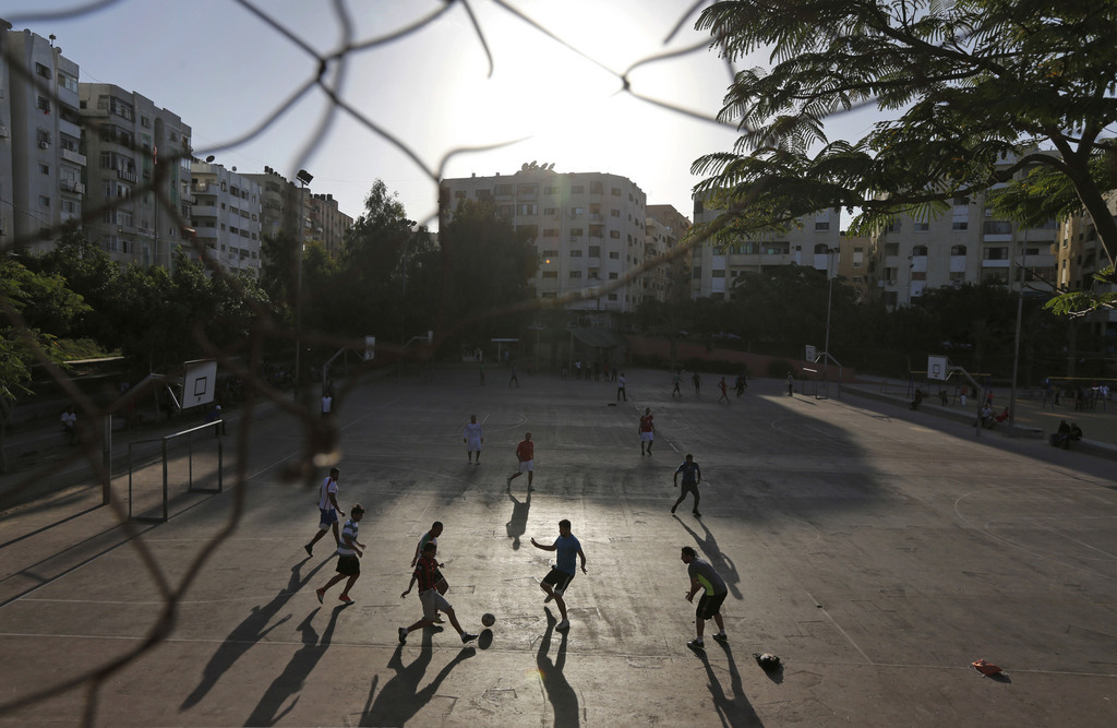 Kinder spielen Fußball, Gaza-Stadt, Palästina (AP Photo/Lefteris Pitarakis)