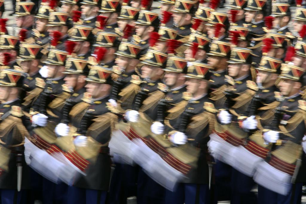 Parade zum Nationalfeiertag in Paris, Frankreich (AP Photo/Remy de la Mauviniere)