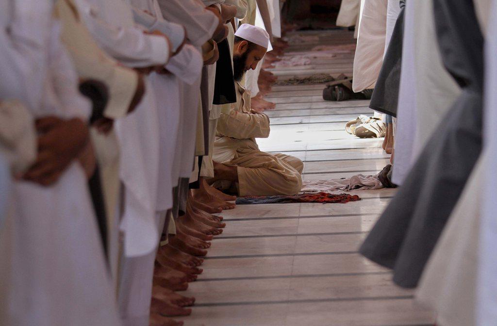 Muslimische Pilger in Peshawar, Pakistan (Keystone/EPA/Bilawal Arbab)