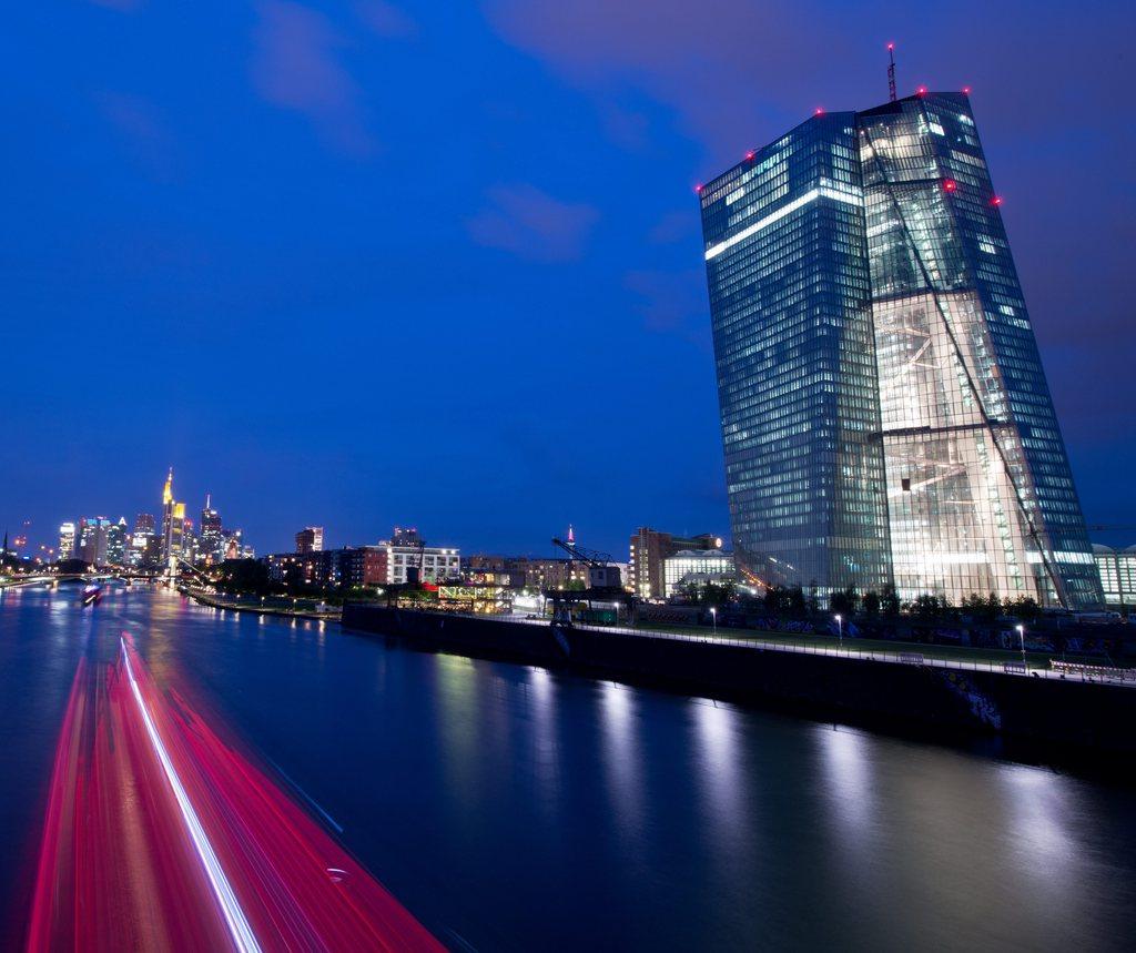 Nacht über Frankfurt a. Main, Deutschland (Keystone/EPA/Boris Rössler)