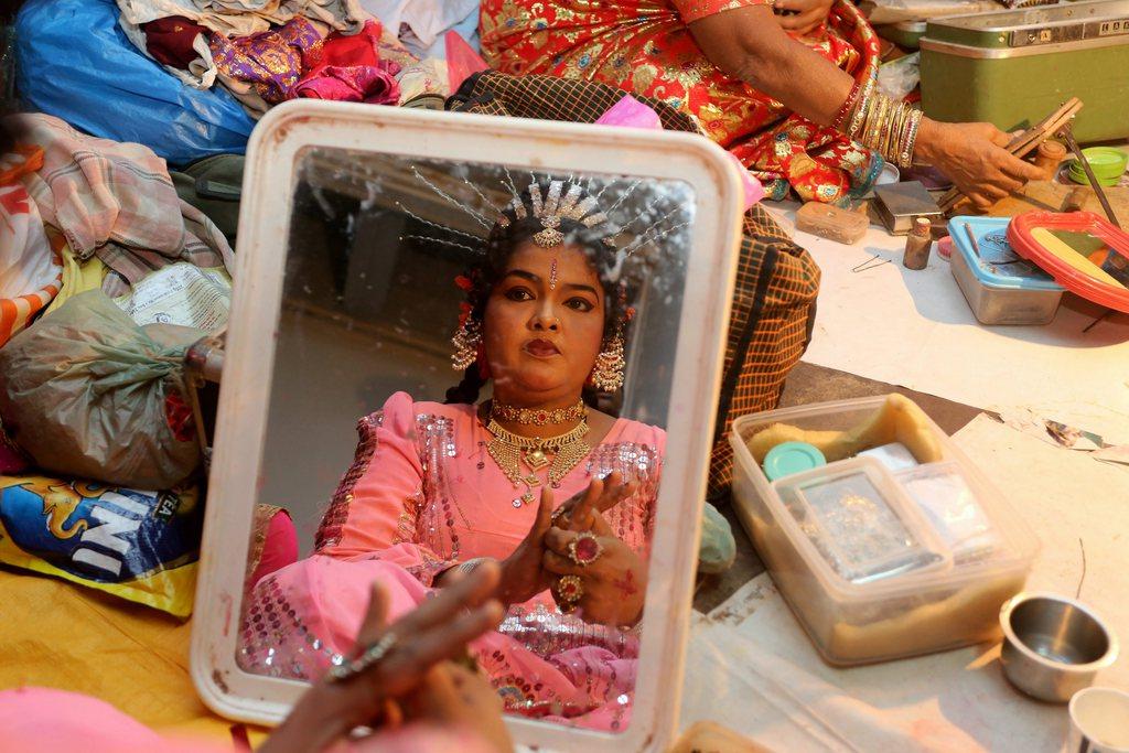 Vorbereitungen für einen Auftritt in Bhopal, Indien (Keystone/EPA/Sanjeev Gupta)