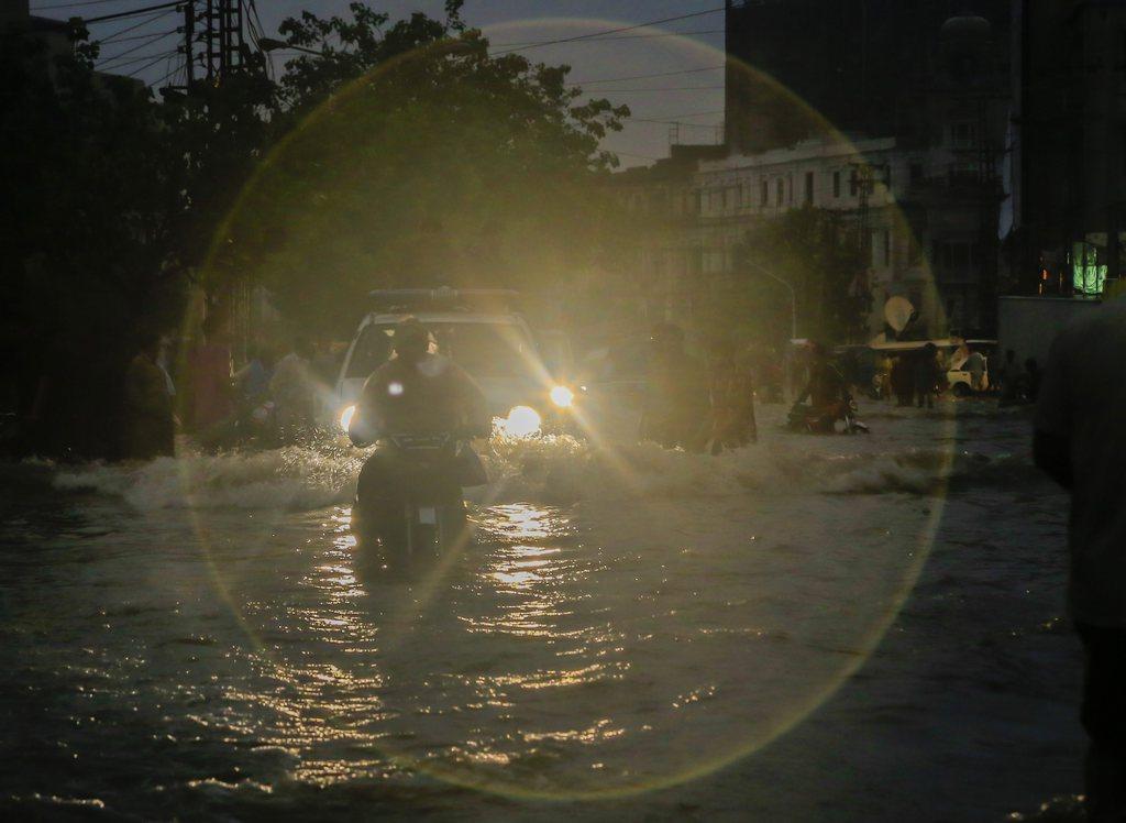 Monsunregen in Lahore, Pakistan (Keystone/EPA/Omer Saleem)