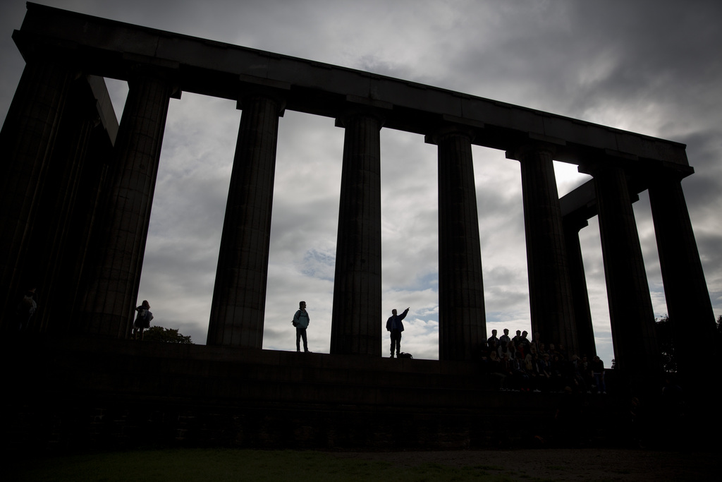 Schottisches Nationalmonument, Edinburgh, Edinburgh (AP Photo/Matt Dunham)