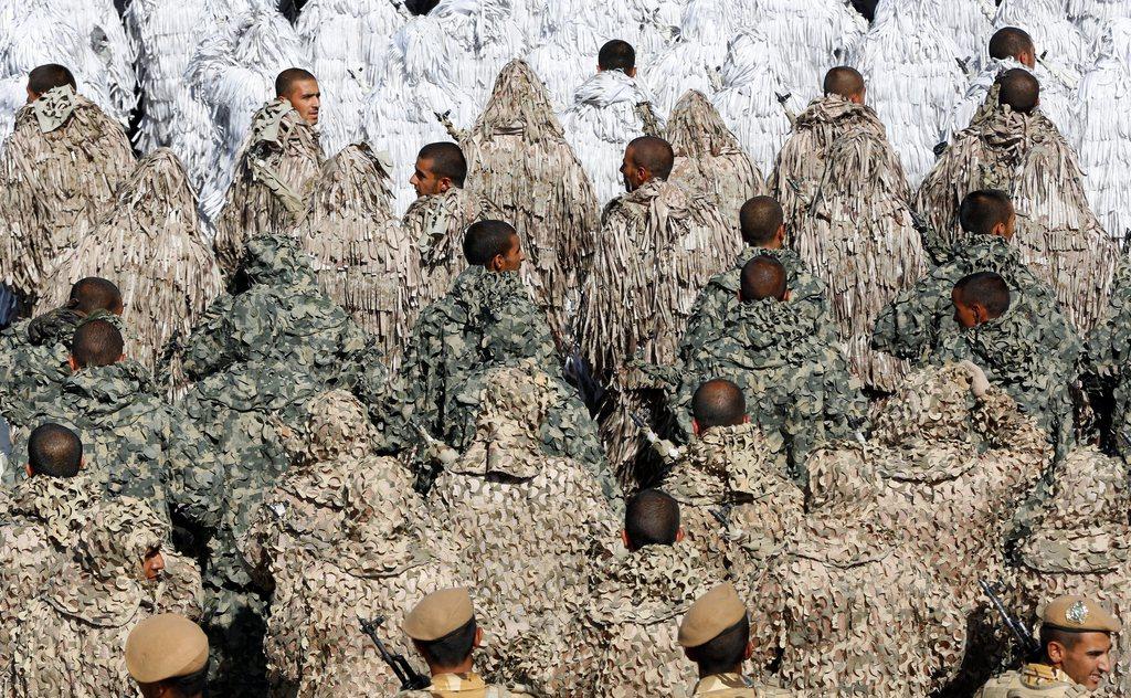 Soldaten der iranischen Armee bei einer Parade in Teheran,  EPA/ABEDIN TAHERKENAREH