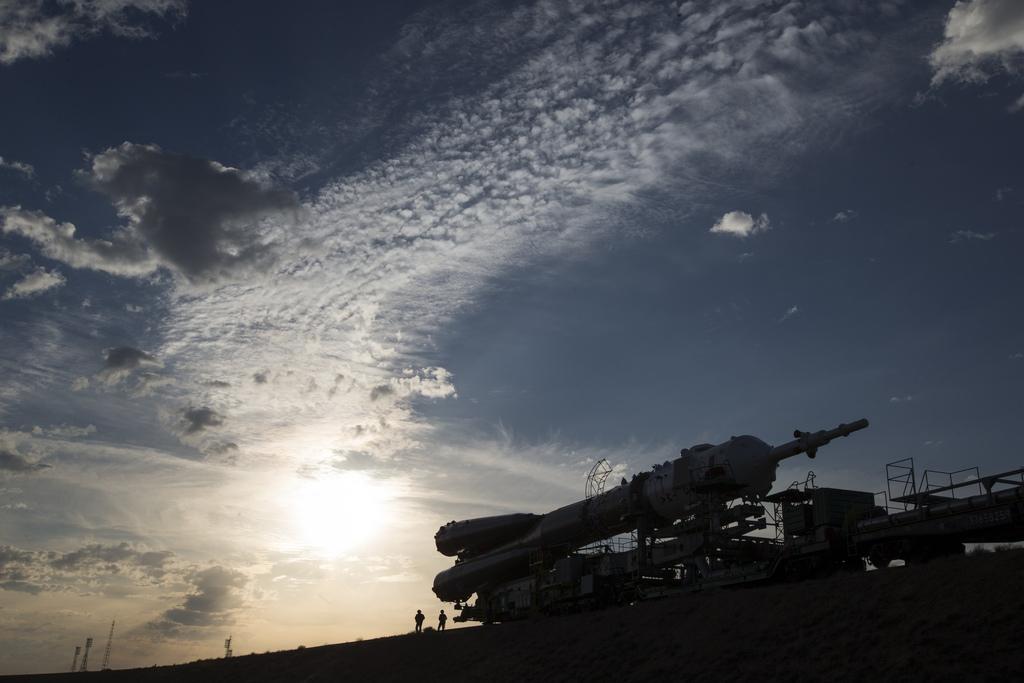 Sojus-Rakete auf dem Weg zur Startrampe, Baikonur, Kasachstan (AP Photo/Pavel Golovkin)