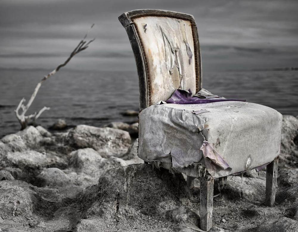 salton-sea-throne-iii-1000px
