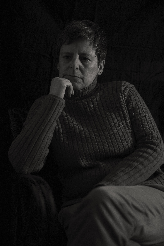 aufnahmedaten: canon d5III, 53mm (24-70mm objektiv), 1/30 sec., f/2.8, iso 400, stativ und extrem geduldige dame vor der kamera ;-) - (c) Susan Horn