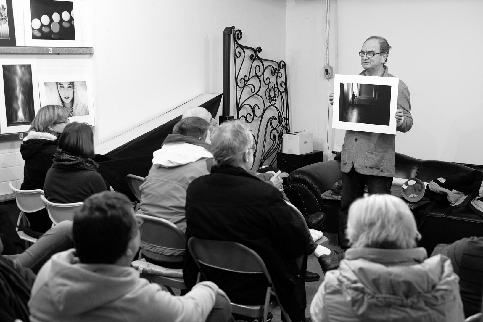 Der Sinn oder Unsinn eines Fotoclubs: Bildkritikabend, Exkursion und Stammtisch