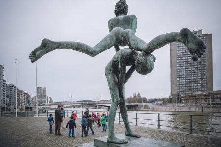 Lüttich, Denkmal, Fluss, Kanal, Kinder
