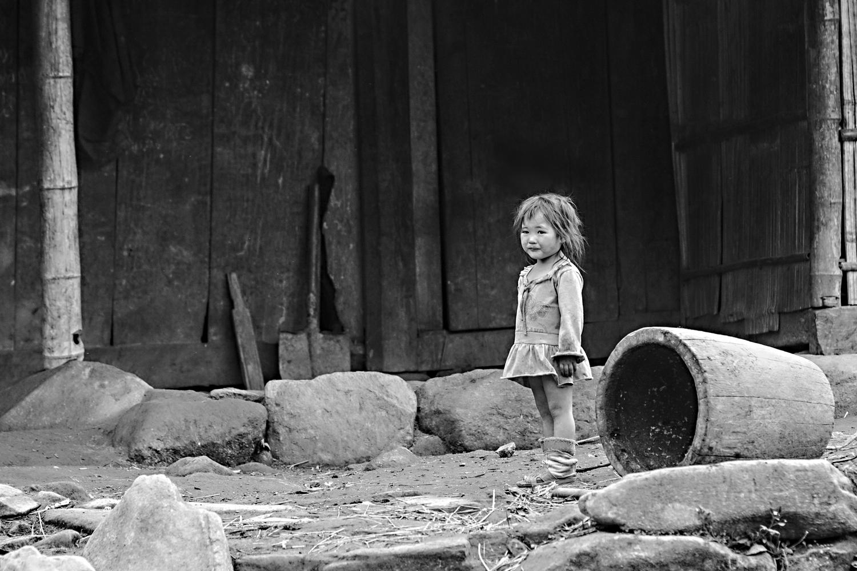 Bild 1: Junges vietnamesische Mädchen in einem Gebirgsdorf in Nordvietnam 2014 - (c) Matthias Schlindwein