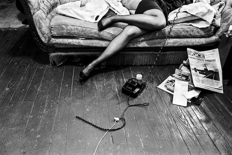 Ken Schles, Drowned In Sorrow, 1984 © Ken Schles. Aus der Ausstellung KEN SCHLES/JEFFREY SILVERTHORNE/MIRON ZOWNIR, 5. Mai - 7. August 2016 im Haus der Photographie/Deichtorhallen Hamburg.