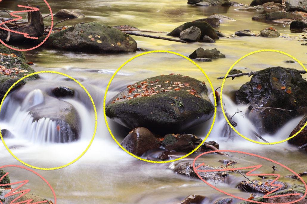 Die drei Steine der Schwell im Bildzentrum sind das Motiv. Sie sollten so gut wie möglich freigestellt werden.