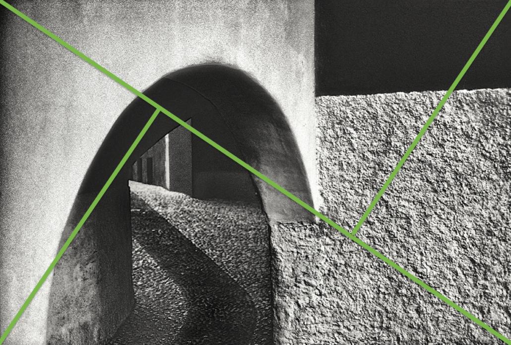 In der Aufteilung passt das Bild am ehesten in den Eckdiagonalen