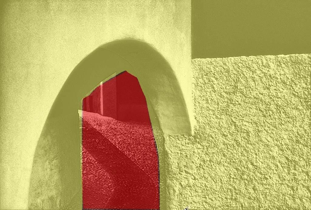 ...dabei gibt es nur zwei Räume mit je einer Lichtquelle, die vollständig getrennt sind.