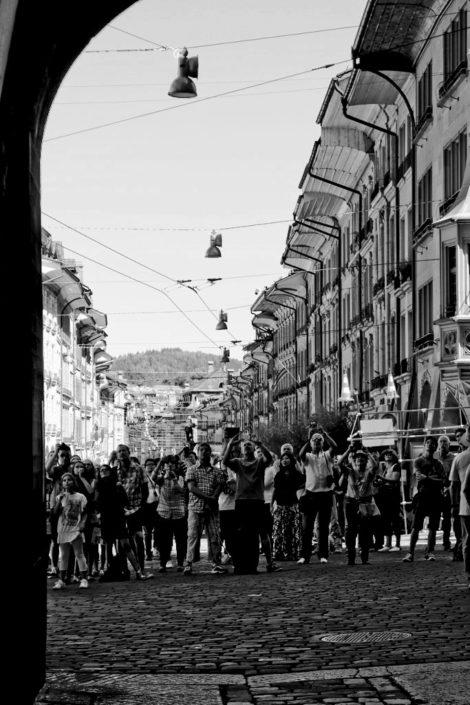 "Canon EOS 600D, 1/125s bei Blende 7 mit 55mm und ISO 100, ""Tourists"", © Lena Hahner"