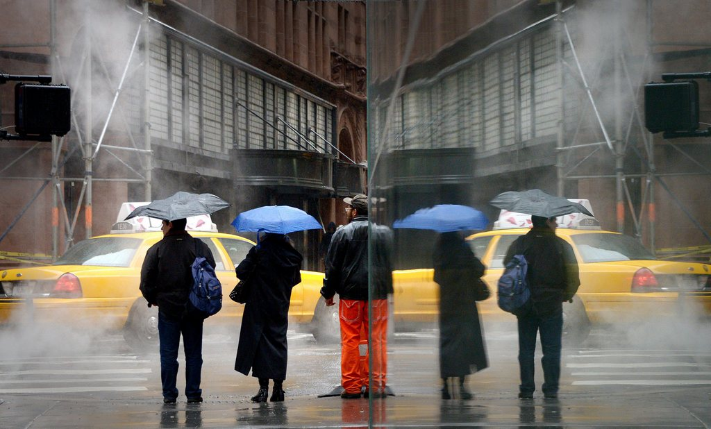 Winterwetter in New York, gespiegelt EPA/JUSTIN LANE