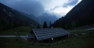 Frühmorgens auf der Alp, nahe Berchtesgaden D (AP Photo/Matthias Schrader)