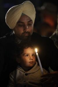 Sikhs in ihrem Tempel in Oak Creek, Wisc. USA (AP Photo/Morry Gash)