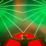 Lichtshow bei einem Theater-, Zirkus- und Kunstfestival nördlich von Budapest, Ungarn EPA/Balazs Mohai