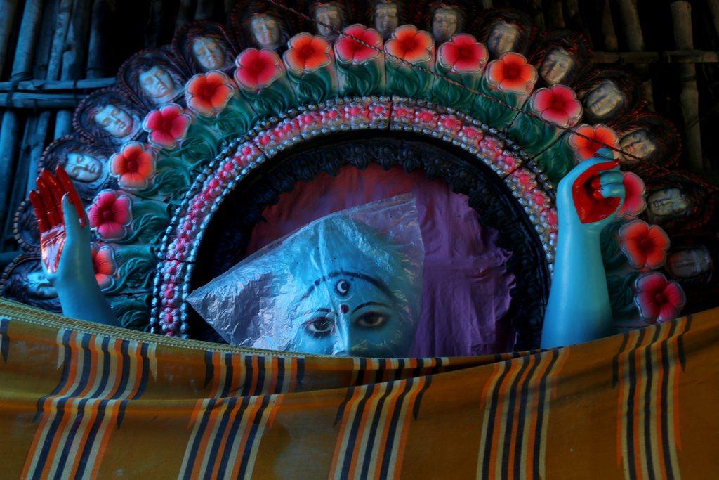 Figur der indischen Göttin Kali, Kalkutta Indien EPA/PIYAL ADHIKARY