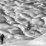 Erste Bergtour im Schnee am Walserberg, Schweiz (Keystone/Arno Balzarini)