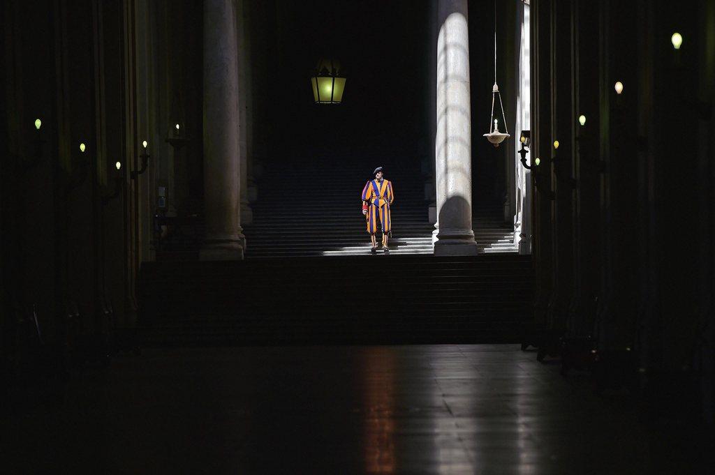 Schweizer Gardist im Vatikan (Keystone/EPA/Gabriel Bouys)