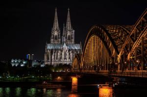 Kölner Dom bei Nacht - (c) Elmar Bauer
