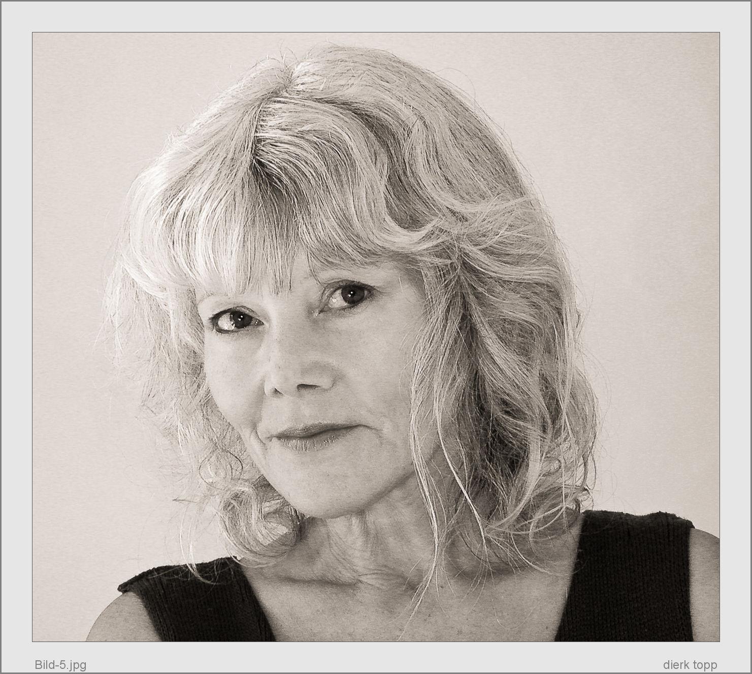 Das letzte Portrait, das ich von meiner Frau gemacht habe, 2002, Nikon 995 - (c) Dierk Topp