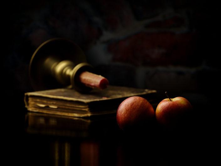 Stilleben mit Äpfeln – © Richard Rduch